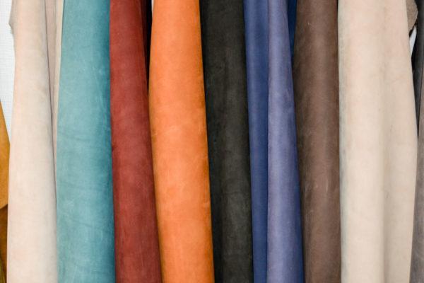Нубук КРС, зелёный, бежевый, бордовый, рыжий, шоколад, чёрный, песочный, синий.-01150