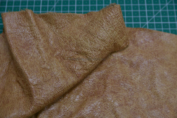 Лоскут кожи КРС, светло-коричневый-131227