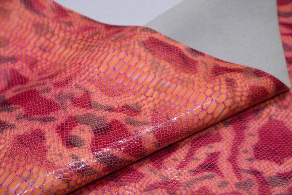 Кожа КРС, с тиснением, розовая, 81 дм2.-602078
