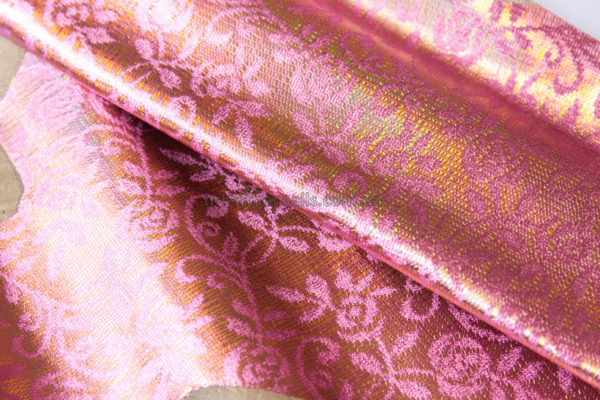 Кожа МРС с принтом, розовая, золотистая, 25 дм2.-240317