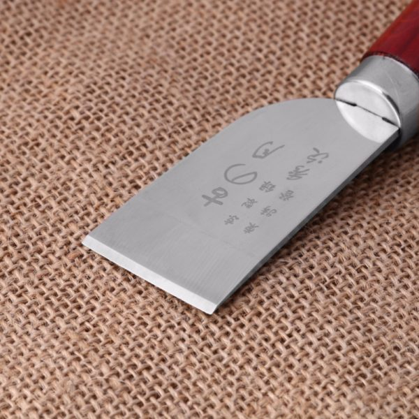 Нож с деревянной ручкой по коже-1082