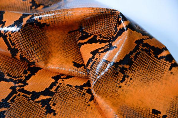 Кожа КРС, коллекция Gucci, оранжевая, 126 дм2.-101175