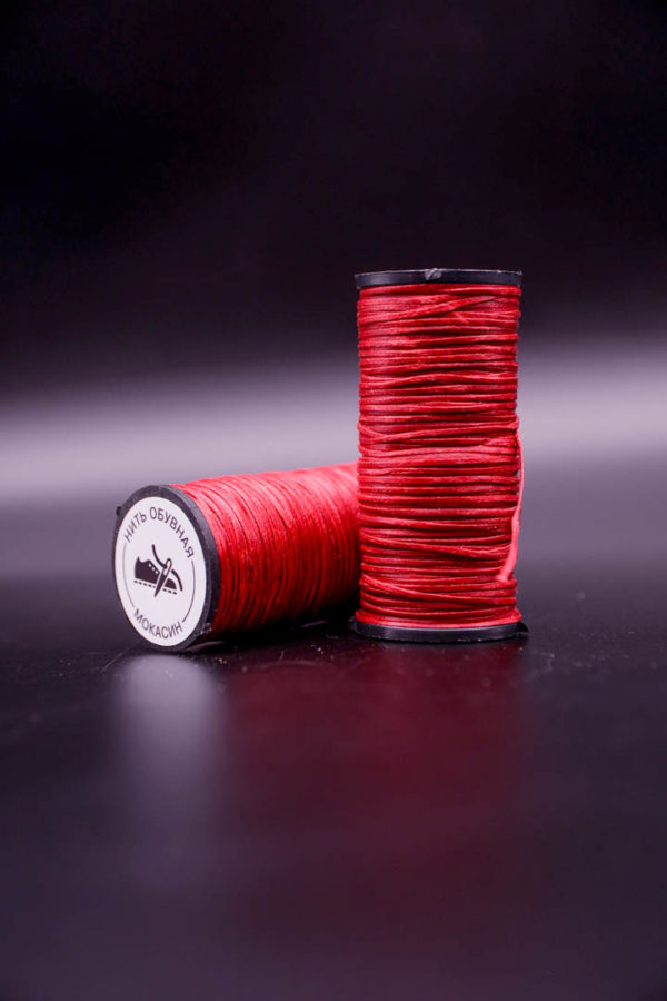 Нить вощеная мокасиновая. Красная
