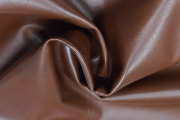 Кожа одёжная МРС, коричневая (фундук), 4 фут. (37 дм2.)-301030