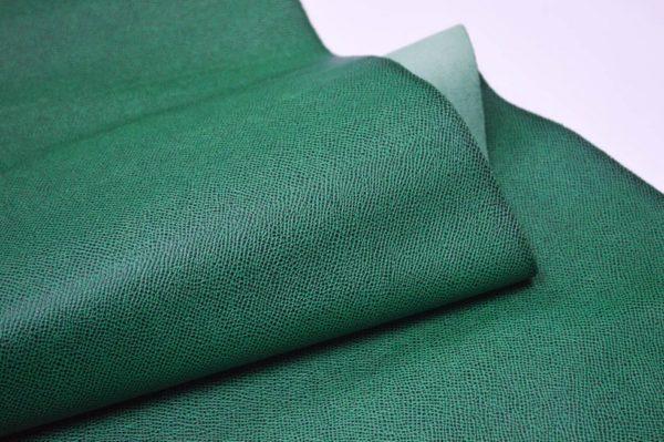 Кожа КРС, сафьяно (Saffiano), зелёная, 135 дм2.-901009