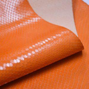 Кожа КРС с тиснением, оранжевая, 44 дм2.-901046
