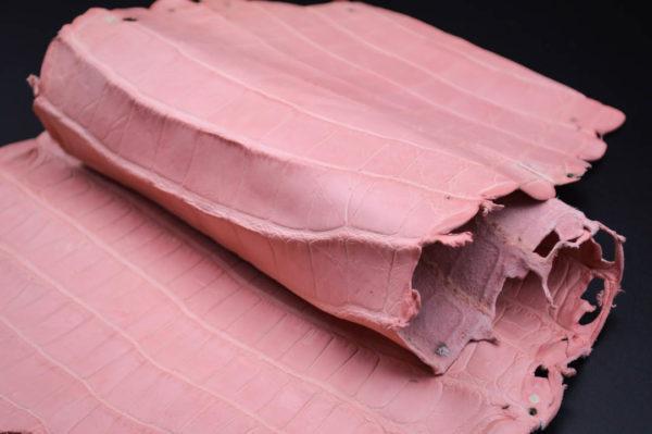 Кожа кроко, розовая, 48х21 см.- kr1-14