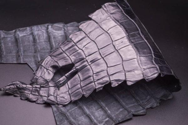 Кожа кроко, чёрная, 30х17 см.- kr1-26
