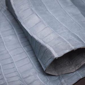 Кожа кроко, серо-голубая, 74х21 см.- kr1-43