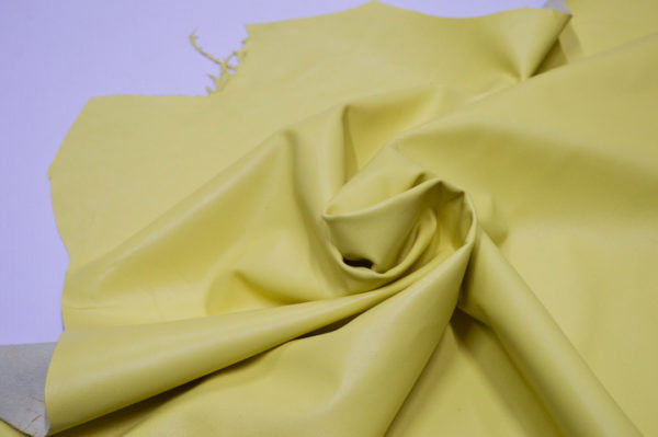 Кожа одёжная МРС, светло-жёлтая-707
