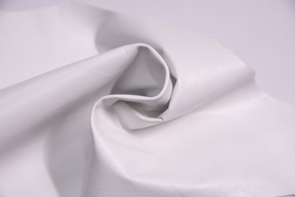Кожа одёжная МРС, белая, 5,5 фут. (51 дм2.)-301073