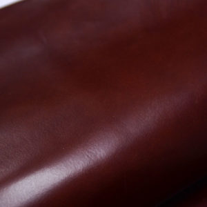 Кожа КРС растительного дубления с лёгким эффектом пулап (Pull up), бордово-коричневая, 128 дм2.-501208