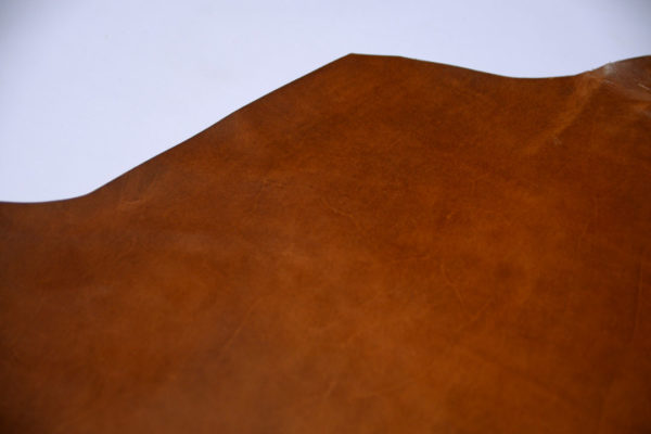 Кожа КРС растительного дубления с эффектом пулап (Pull up), коньячная, 122 дм2, Tempesti S.p.A-501212