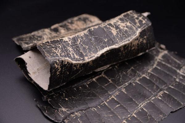 Кожа кроко, тёмно-коричневая, 38х19 см.- kr1-87