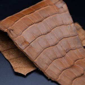 Кожа кроко, коричневая, 28х14 см.- kr1-93