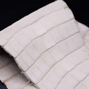 Кожа кроко, грязно-белая, 32х17 см.- kr1-96