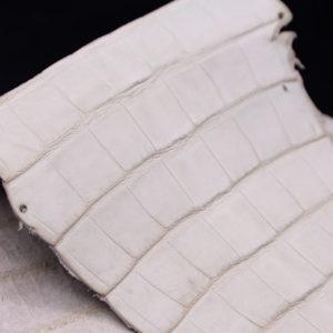 Кожа кроко, грязно-белая, 36х18 см.- kr1-97