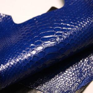 Лоскут кожи питона, синий, 30х14 см.-zm2-60