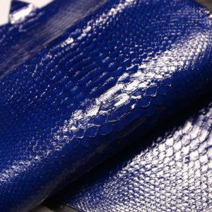 Лоскут кожи питона, синий, 67х28 см.-zm2-64