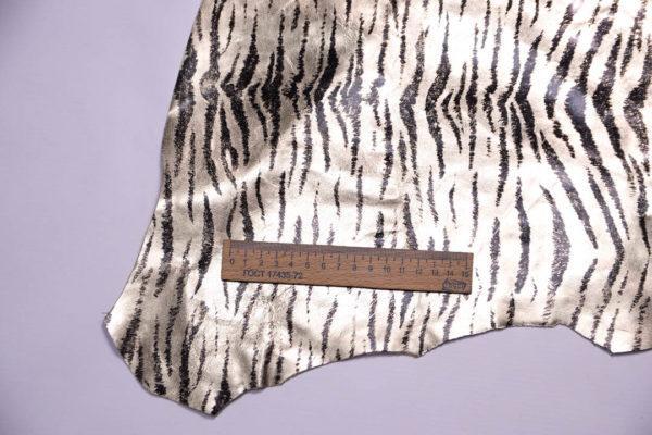 Кожа МРС с принтом, золотая с чёрным, 34 дм2.-108437