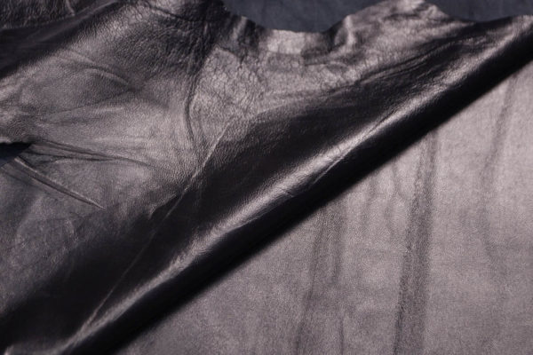 Кожа одёжная МРС, чёрная, 8,5 фут. (79 дм2)-200003