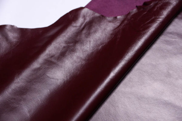 Кожа одёжная МРС, бордовая, 9,75 фут2 (91 дм2)-200069