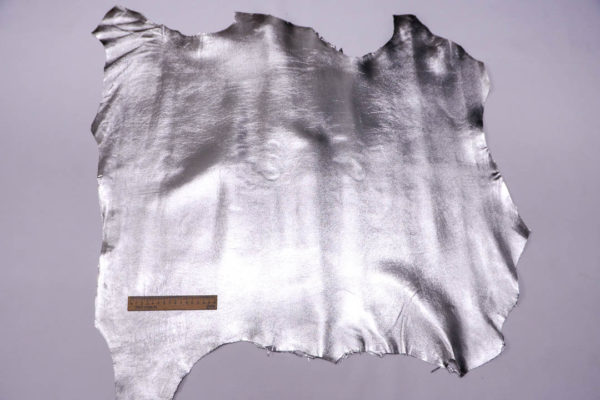 Кожа МРС, серебро, 52 дм2.-108532