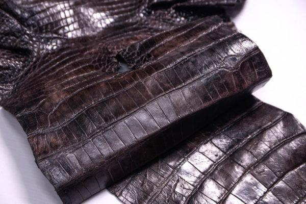 Кожа кроко, тёмно-коричневая мраморная, 104х24 см.- kr2-9