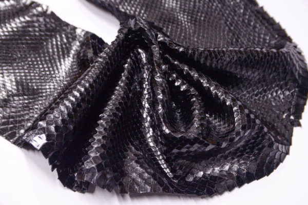 Кожа питона, чёрная, 250х20 см.-zm3-11