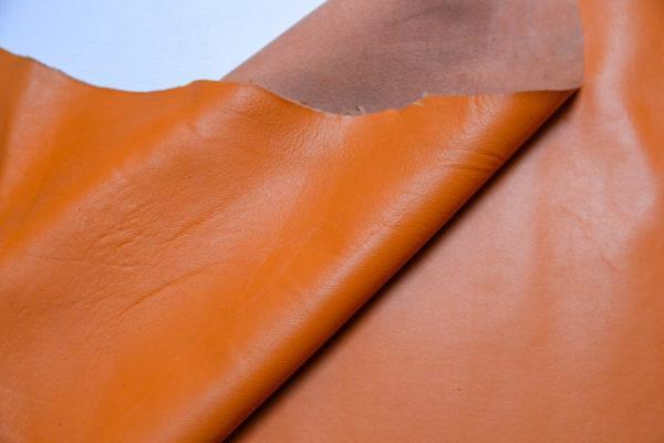 Кожа одёжная МРС, оранжевая, 63 дм2.-109105