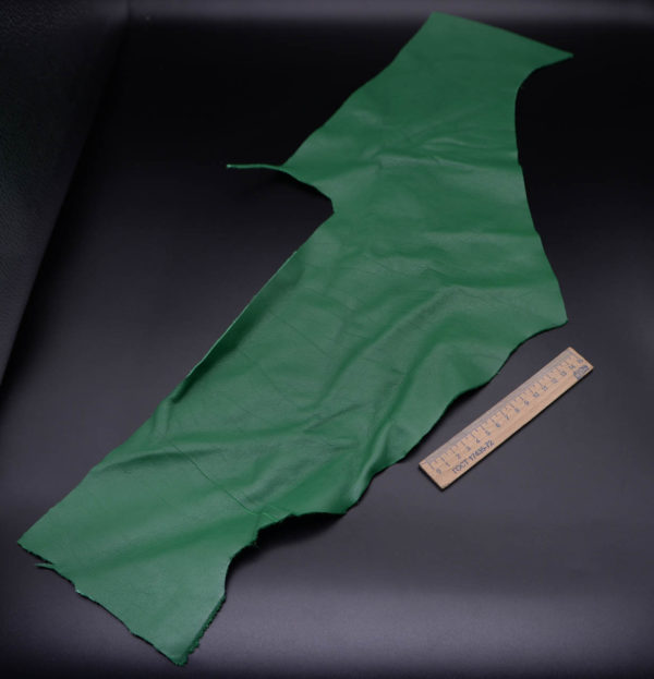 Кожа КРС, зеленая, 14 дм2.-1-204