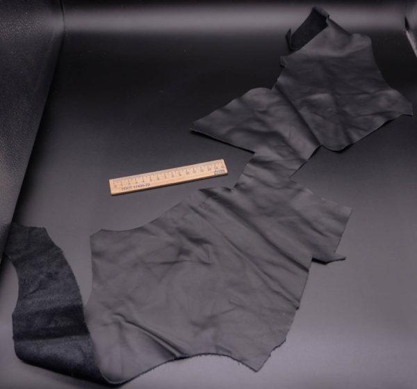 Кожа КРС, черная, 15 дм2.-1-336