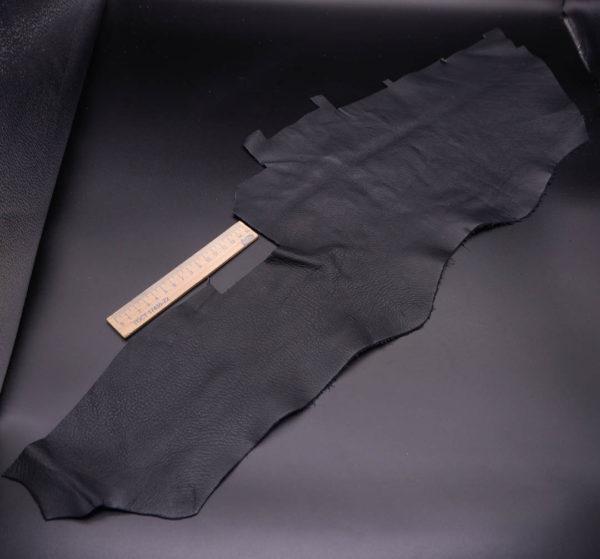 Кожа КРС, черная, 15 дм2.-1-358