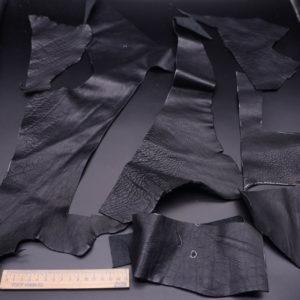 Кожа КРС, черная, 20 дм2.-1-376
