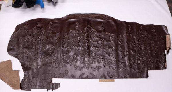 Кожа КРС с тиснением, коричневая, 145 дм2.-AB1-58