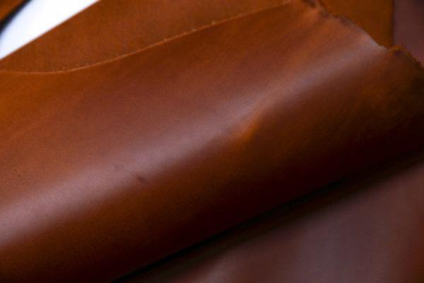 Кожа КРС крейзи хорс (Crazy Horse) с эффектом пул ап (Pull Up), рыже-коричневая, 147 дм2.-D1-18
