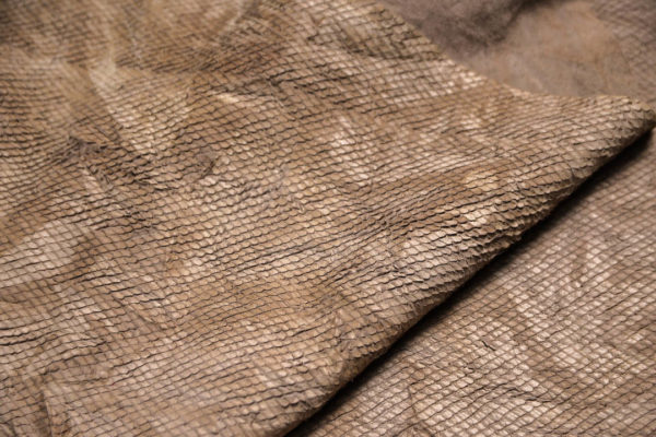 Кожа КРС жатка с принтом и тиснением, какао, 66 дм2.-109263