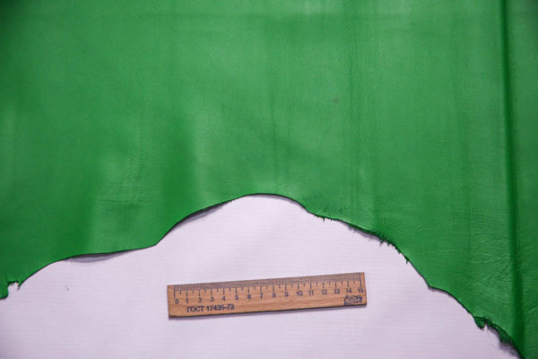 Кожа МРС, зеленая, 38 дм2. -109371