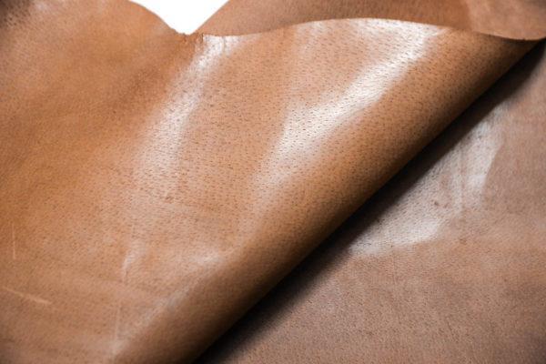 Кожподклад свиной (спилок) вощёный, светло-коричневый (нугат), 83 дм2.-401057