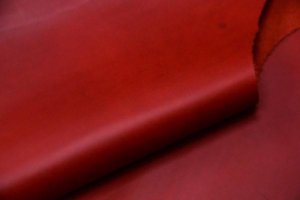 Кожа КРС крейзи хорс (Crazy Horse) с эффектом пул ап (Pull Up), красная, 135 дм2.-D1-32