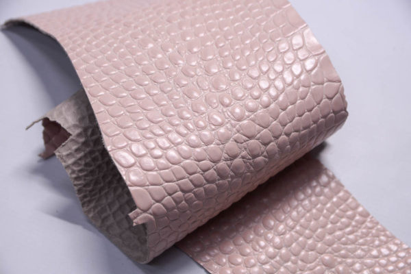 Кожа КРС с тиснением под кроко, розовая, Tuscania S.p.A. -109468