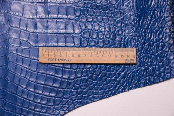 Кожа КРС с тиснением под кроко, синяя, 62 дм2. -109485