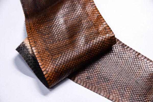 Кожа змеи, коричневая, 87х12 см.-zm4-117