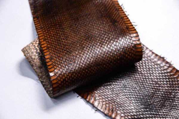Кожа змеи, коричневая, 90х12 см.-zm4-118