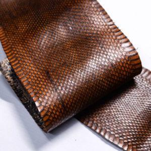 Кожа змеи, коричневая, 89х12 см.-zm4-131