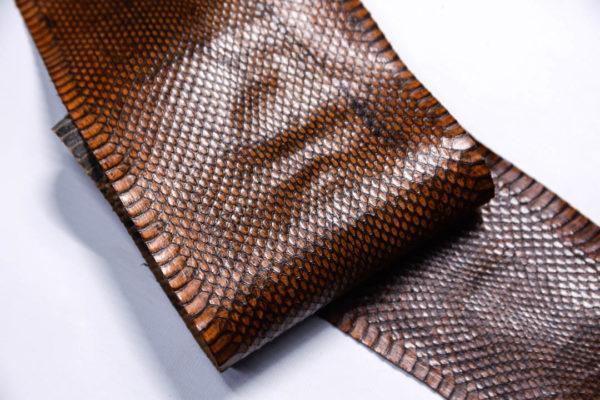 Кожа змеи, коричневая, 91х12,5 см.-zm4-140
