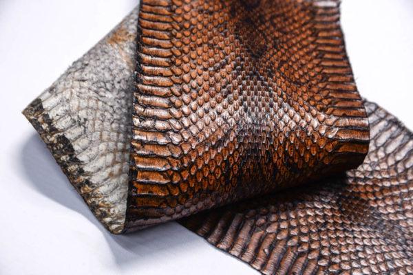 Кожа змеи, коричневая, 89х13 см.-zm4-144
