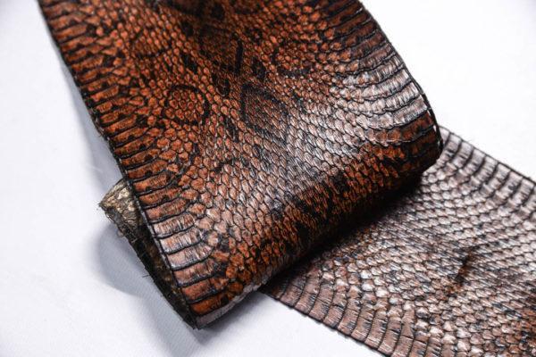 Кожа змеи, коричневая, 90х13 см.-zm4-149
