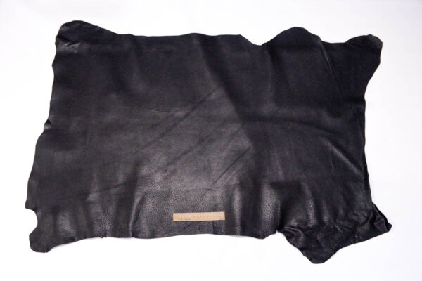 Кожподклад свиной (спилок) вощёный, чёрный, 89 дм2.-401078