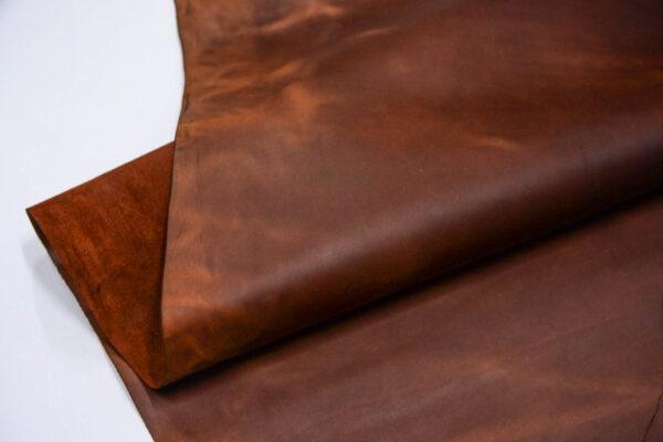 Кожа КРС крейзи хорс (Crazy Horse) с эффектом пул ап (Pull Up), рыже-коричневая, 159 дм2.-D1-76